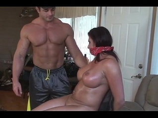 MILF From fucktubeporn.xyz Didn't Obey So She Is Punished